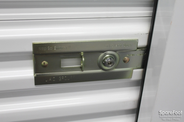 The Lock Up Storage Centers - Kinzie - Photo 14
