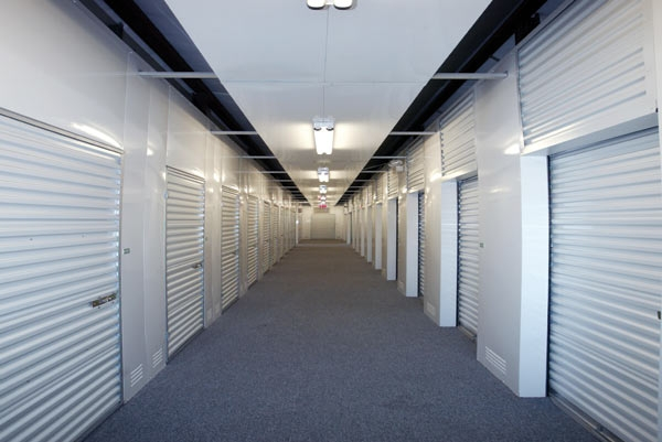 The Lock Up Storage Centers - Northbrook - Photo 3
