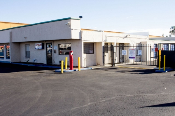 US Storage Centers - Phoenix - Photo 9