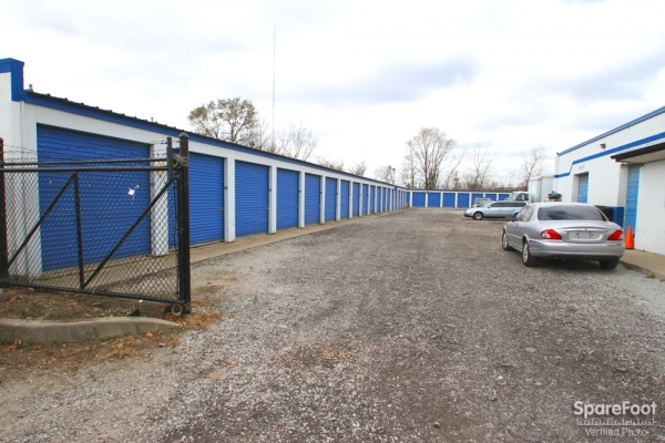 Sapphire Storage LLC - Photo 3