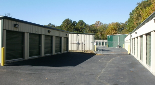Folly Road Self Storage - Photo 4