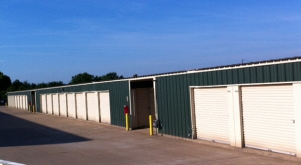 AAA Friendly Self Storage - Photo 4