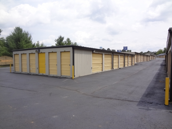 Commonwealth Self Storage - Photo 7