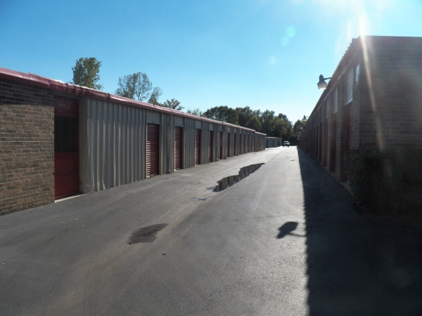 Devon Self Storage - Macon - Photo 3