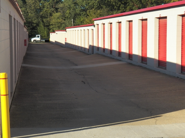 Devon Self Storage - Winchester - Photo 7