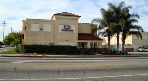 Compton Self Storage - Photo 1