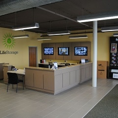 LifeStorage of Harwood Heights - Photo 3