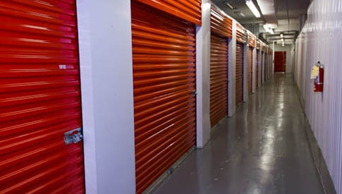 StorageMax - Downtown - Photo 4