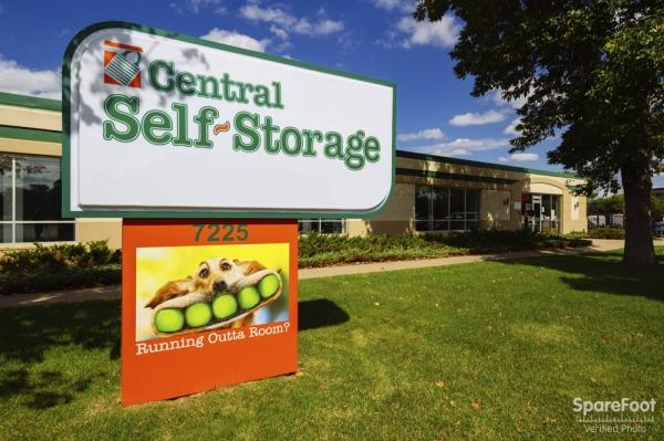 Central Self Storage - Edina - Photo 2