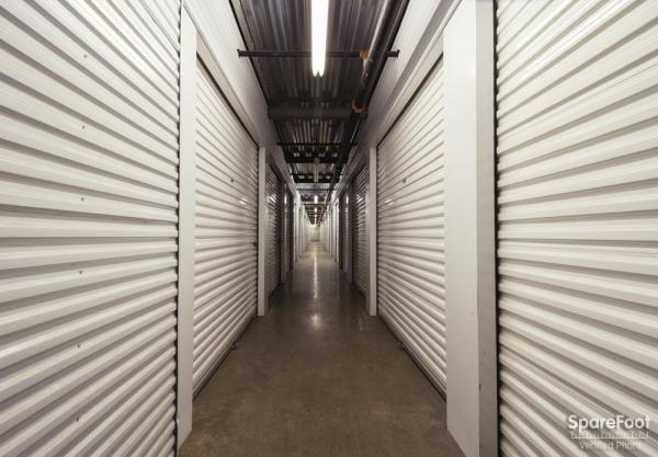 Central Self Storage - Edina - Photo 14