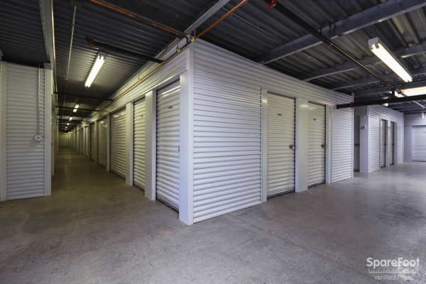 Central Self Storage - Edina - Photo 16