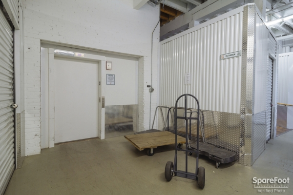 Central Self Storage - Minneapolis - Photo 3