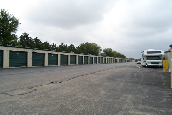 Global Self Storage - Bolingbrook - Photo 4