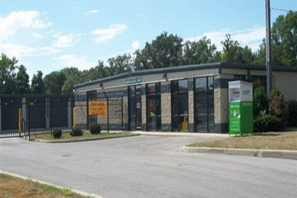 Global Self Storage - Dolton - Photo 4