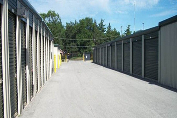 Global Self Storage - Dolton - Photo 7