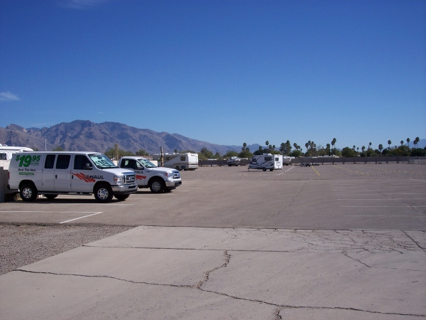 Tucson RV Storage - Photo 11