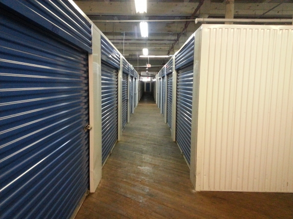 Storage King USA - Kensington - Photo 3
