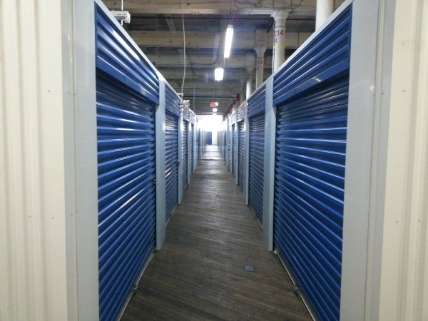 Storage King USA - Kensington - Photo 4