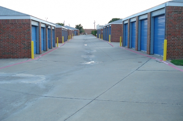Security Self Storage - Plano - Photo 5