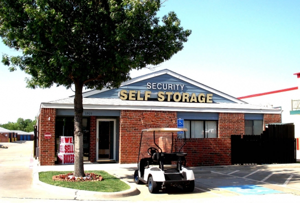 Security Self Storage - Plano - Photo 1