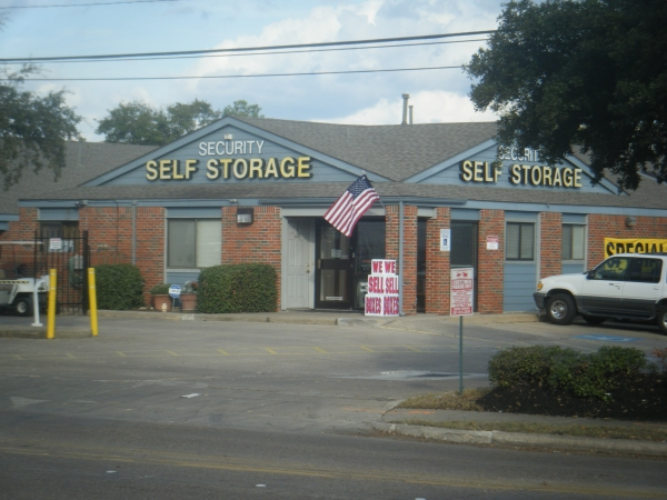 Security Self Storage - Westheimer - Photo 4