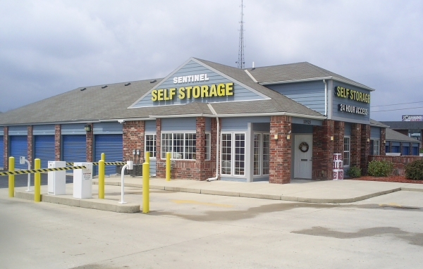 Sentinel Self Storage - Hamilton - Photo 7