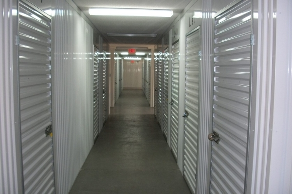 Security Self Storage - Hulen - Photo 7