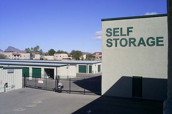 StorQuest Self Storage - Tucson - Photo 1