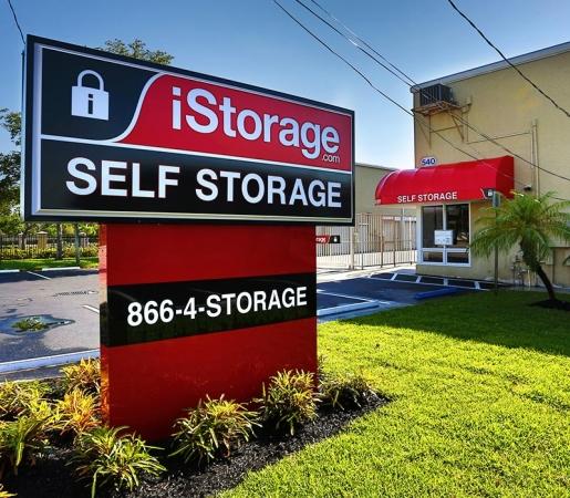 iStorage Fort Lauderdale - Photo 1