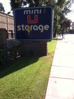 Mini U Storage - Monterey Park - Photo 4