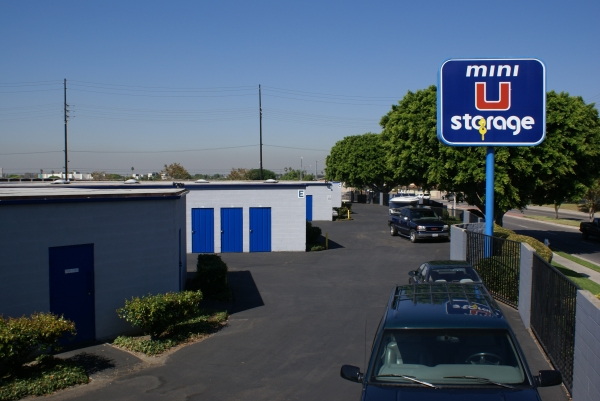 Mini U Storage - Dyer Road - Photo 3