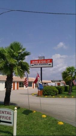 West Palm Mini Stor-It - Photo 4