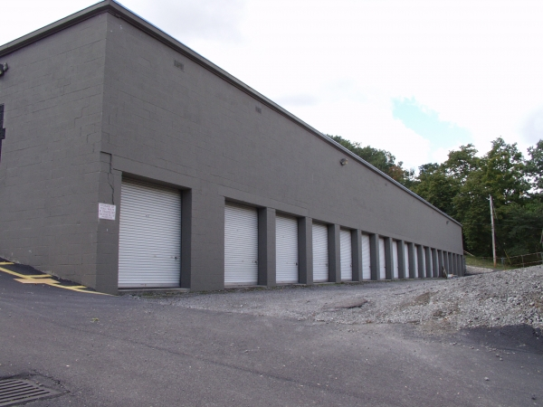 Atlas Self Storage - North Hills - Photo 4