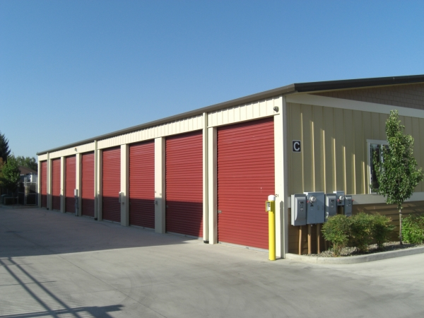Iron Gate Storage - Mill Plain - Photo 3