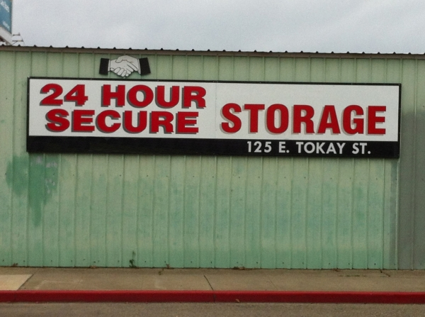 24 Hour Secure Storage - Photo 4