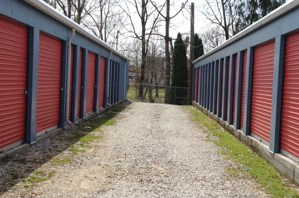 South Point Storage - Photo 3
