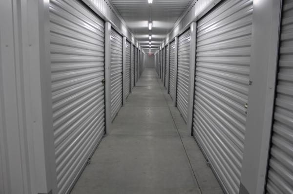 Lincoln Self Storage - Photo 4