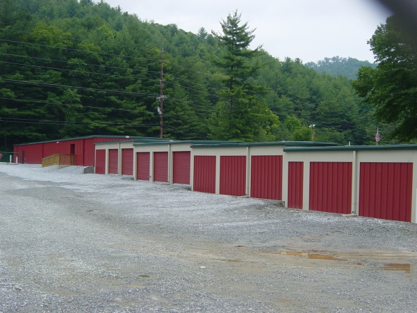 Lake Glenville Storage - Photo 4