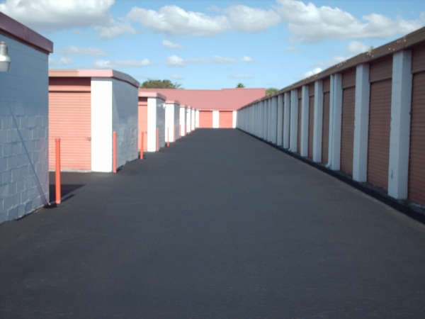 Lakeland Mini Warehouses - Photo 2
