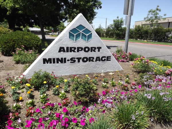 Airport Mini Storage - Photo 9