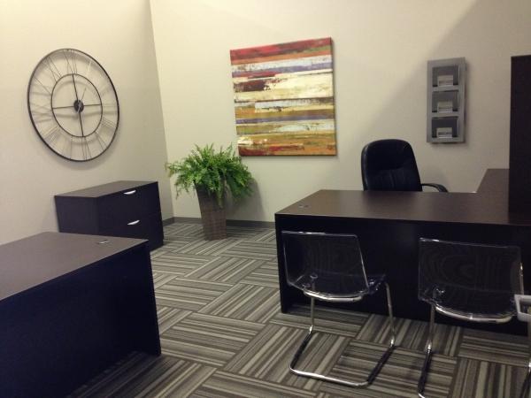 Guardian Business Center - Photo 2