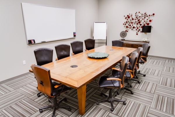 Guardian Business Center - Photo 3