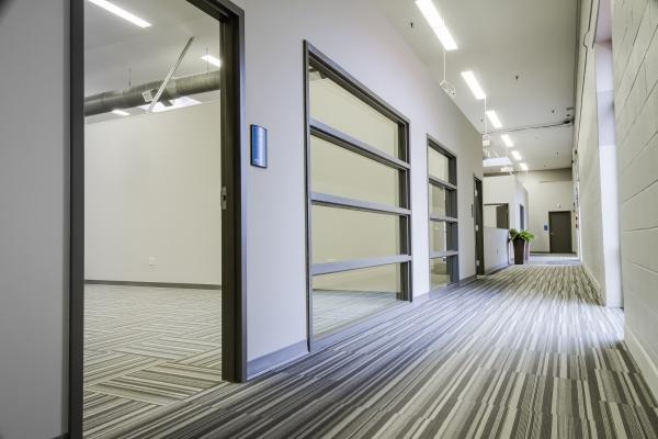 Guardian Business Center - Photo 12