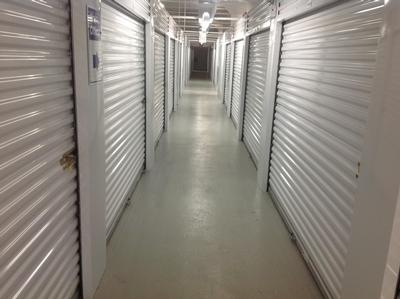 Uncle Bob's Self Storage - Chicago - 1625 S Ashland Ave - Photo 3