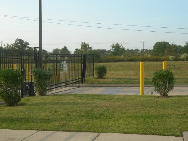 Arrington Self Storage - Clear Lake - Photo 5