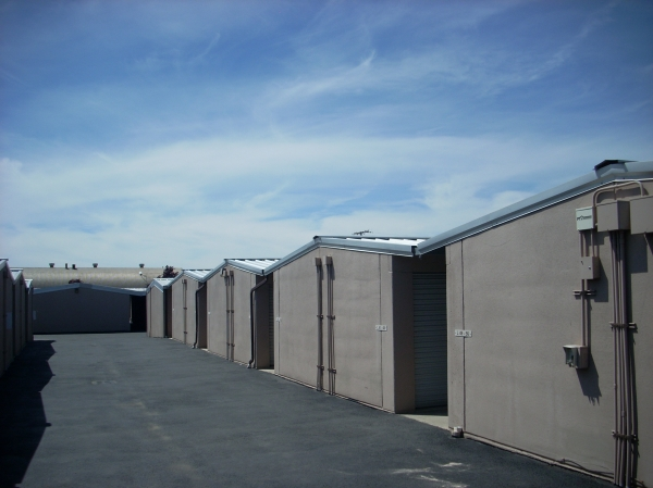 National Storage Centers - East Francis - Photo 4