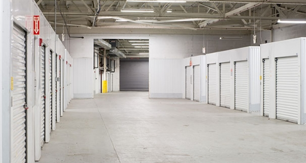 Security Public Storage - Baltimore - Photo 7