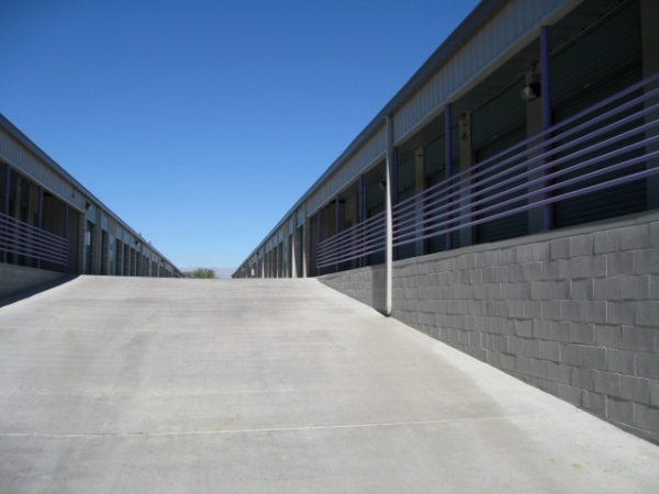 Storage West - Flamingo Road - Photo 5