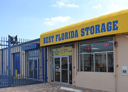Storage Post - Lauderdale Manors - Photo 1