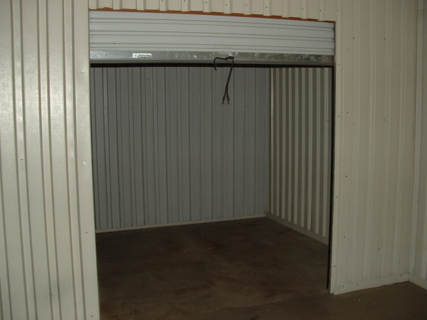 Storage Vault - Photo 1